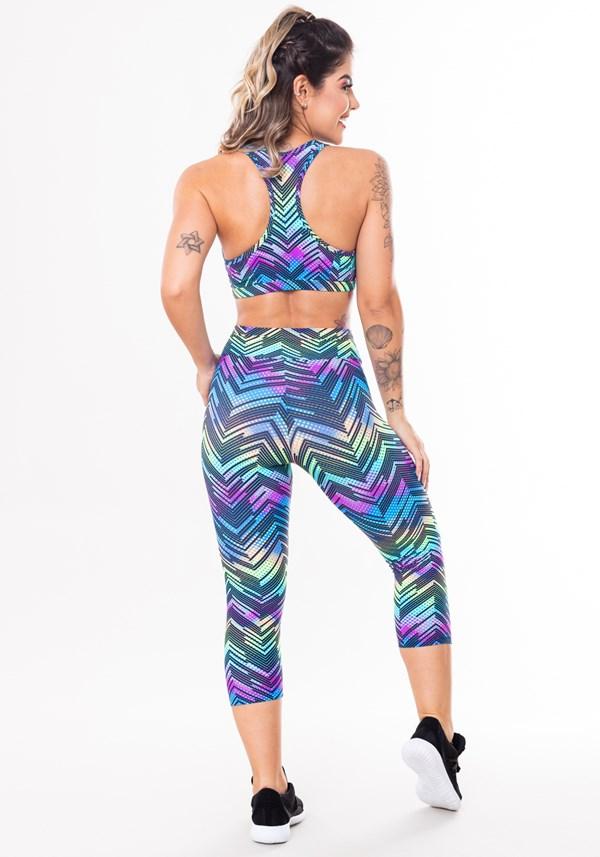 Conjunto fitness match poliamida estampado zig zag colorido (top+corsário)