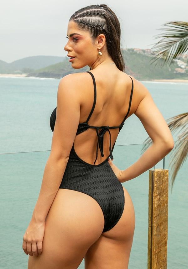 Maiô com bojo removível beach decote torcido preto