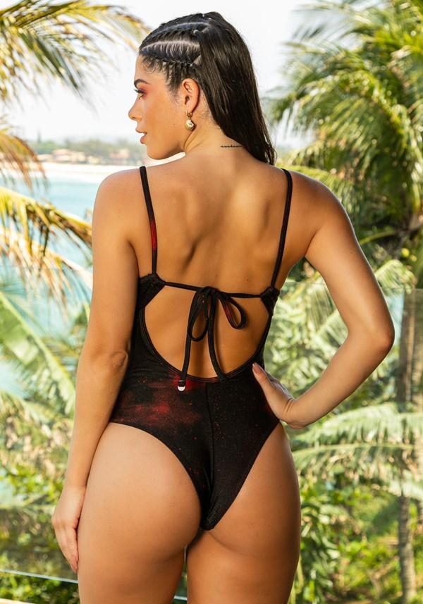 Maiô com bojo removível decote torcido beach preto e vermelho