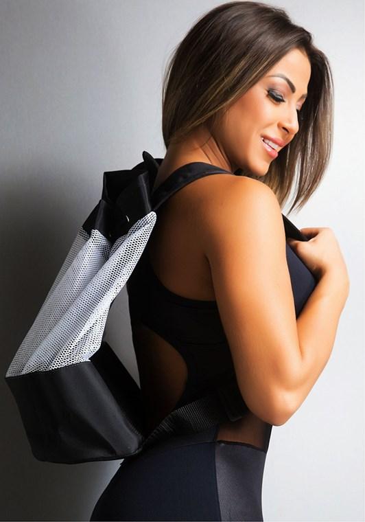 Mochila fitness dlk preta e branca