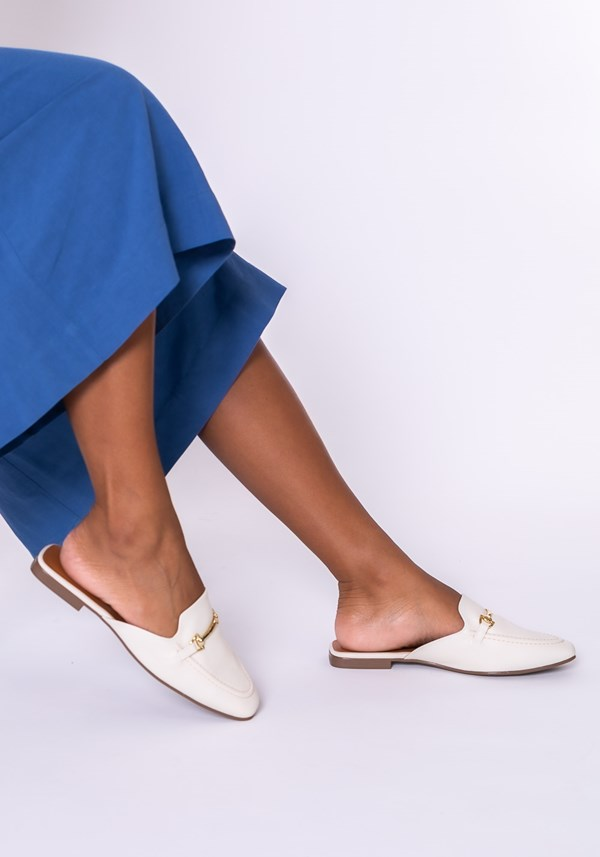 Mule shoes off white