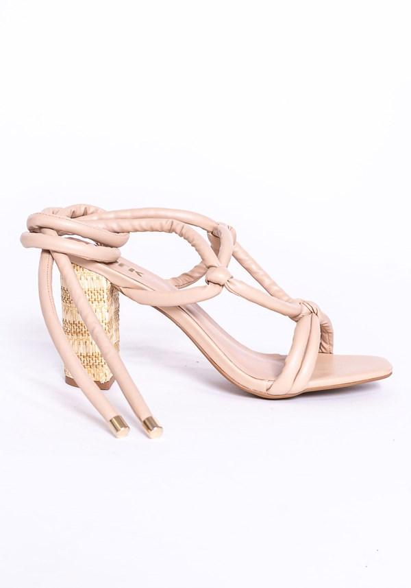 Sandália salto quadrado shoes nude
