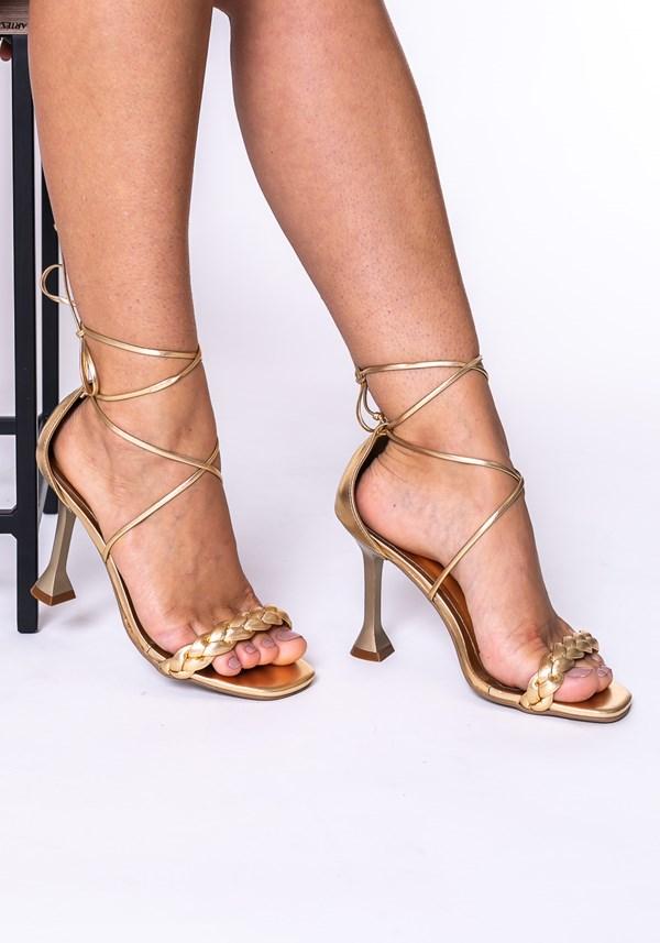 Sandália salto taça shoes dourado