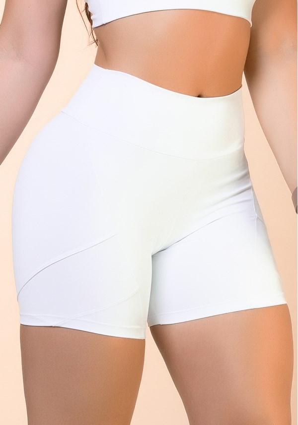 Short branco com recorte duplo lateral básico
