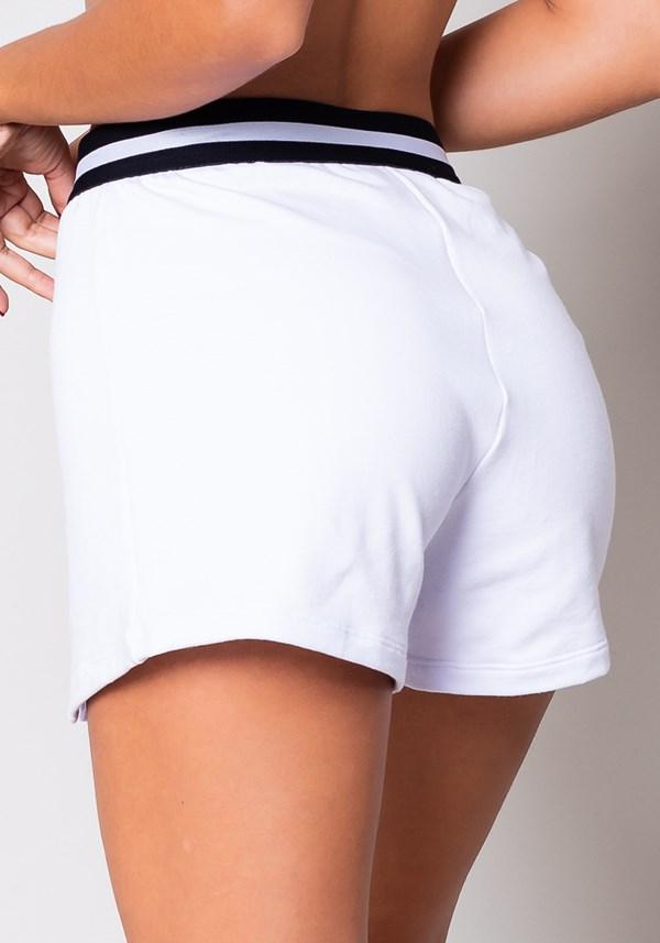 Short moletom branco com recortes e elástico