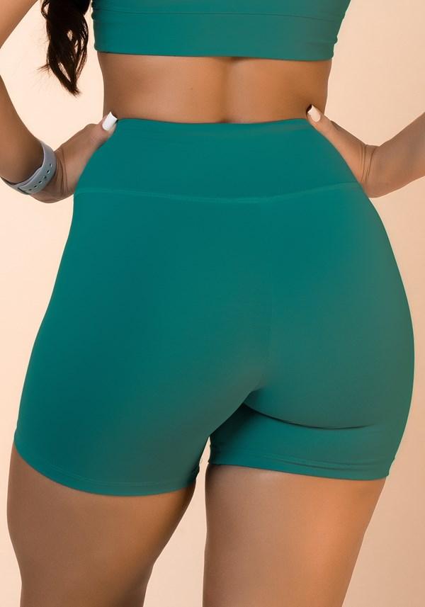 Short verde básico