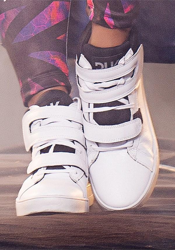 Sneaker branco dlk