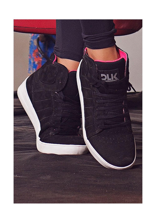 Sneaker dlk preto com rosa
