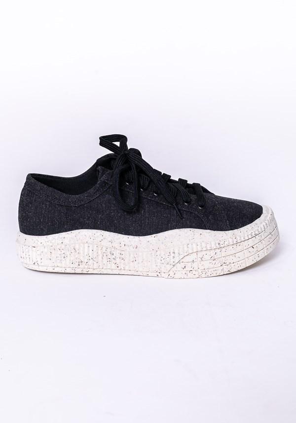 Produto Tênis modelo plataforma shoes em lona e tela preto