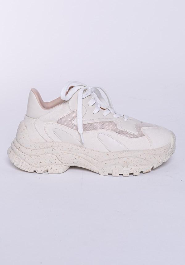 Tênis modelo skin shoes em lona e tela off white