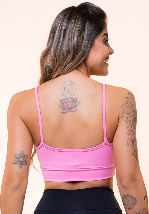 Top fitness com recortes rosa básico