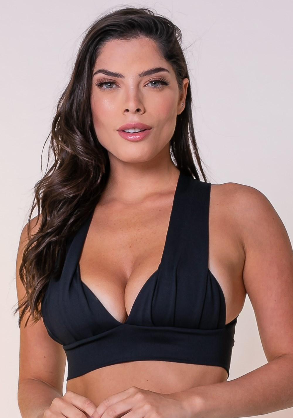 Top fitness drapeado preto com bojo
