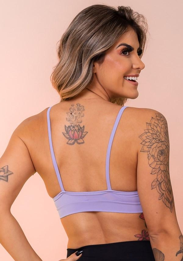 Top fitness lilás busto com recorte básico