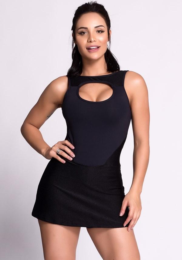 Vestido fitness poliamida preto com short e tela